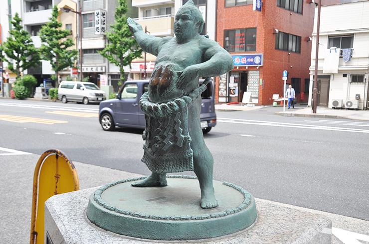 tokyo sumo stadium food Kokugikan