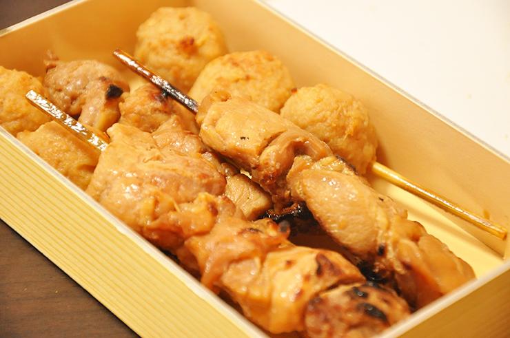 tokyo sumo stadium food Kokugikan Yakitori chicken bento box