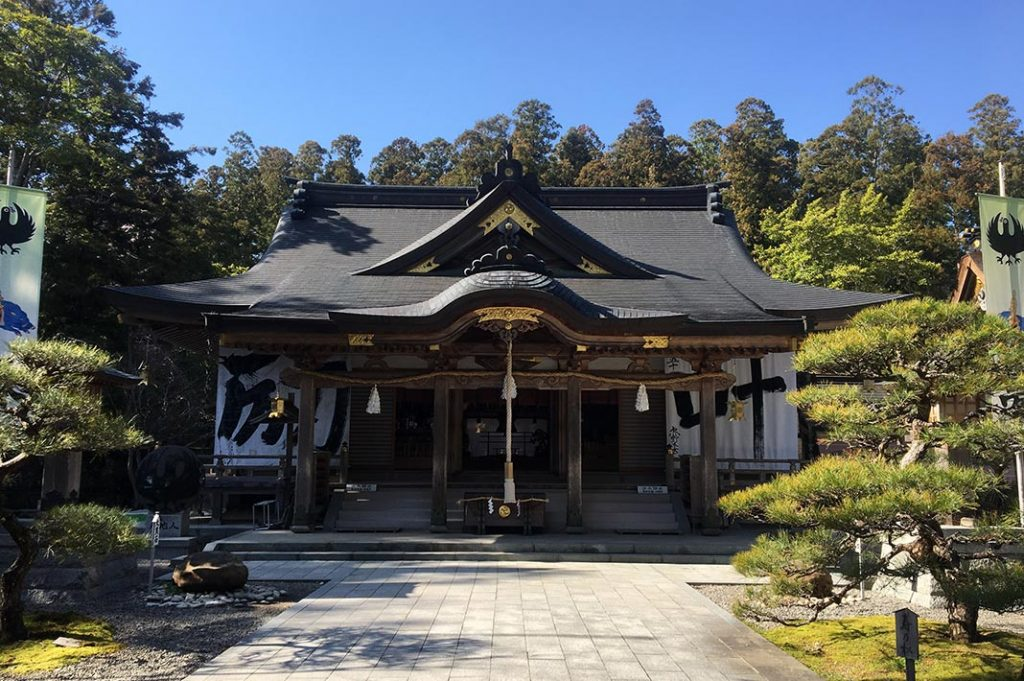 Hongu is the epicenter of the Kumano Kodo; all paths leads here. It is home to Kumano Hongu Taisha, one of the Three Grand Shrines.