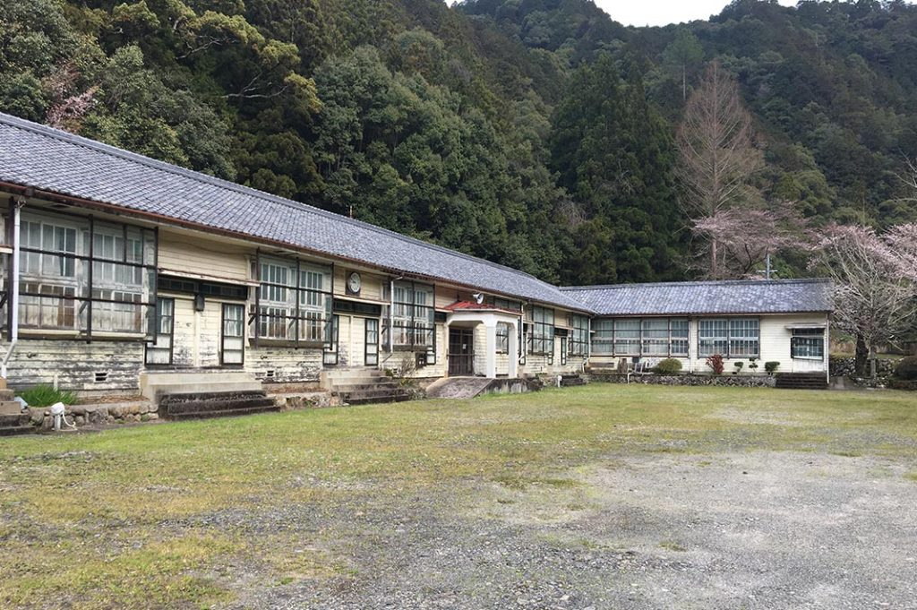 There was also a public toilet at what looked to be an abandoned school.