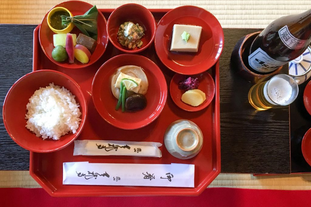 Shojin Ryori meals are often available at Buddhist temples
