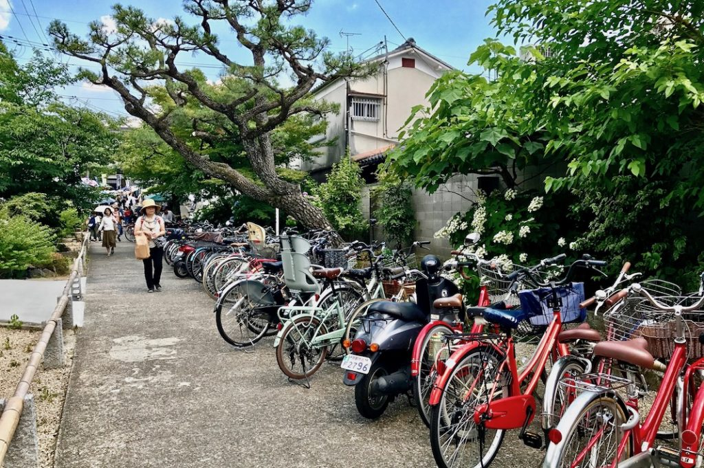 Bicycle parking at Chionji Temple
