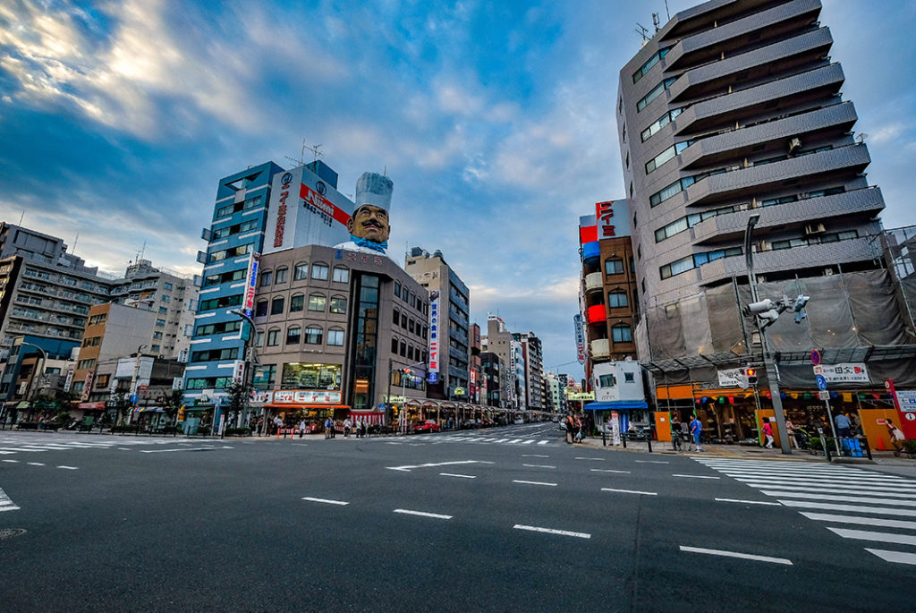 Kappabashi-dori is the beginning of a street famed for kitchenware, and as you head north, you'll find a number of stores that specialize in kitchen goods and utensils.