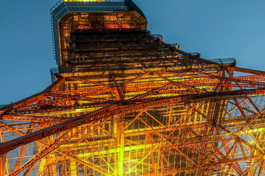 While Tokyo Tower has old-world charm, Tokyo Skytree is shiny and new