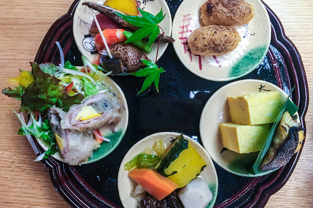 The Lunch set at Tsuburano, Higashiyama