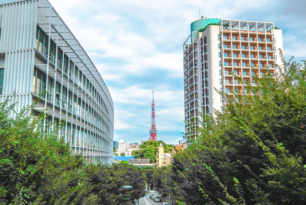Why not drop by both towers for yourself? Maybe you'll find yourself on Tokyo Skytree's side
