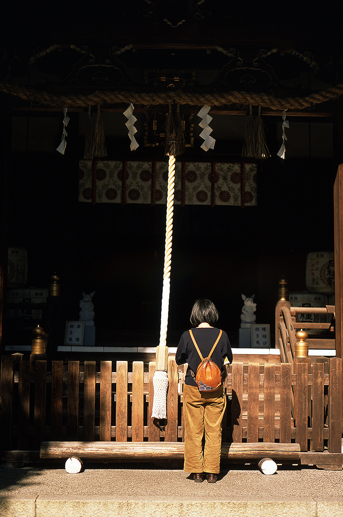 Local people from Kyoto still come to offer silent prayer at Okazaki Jinja.