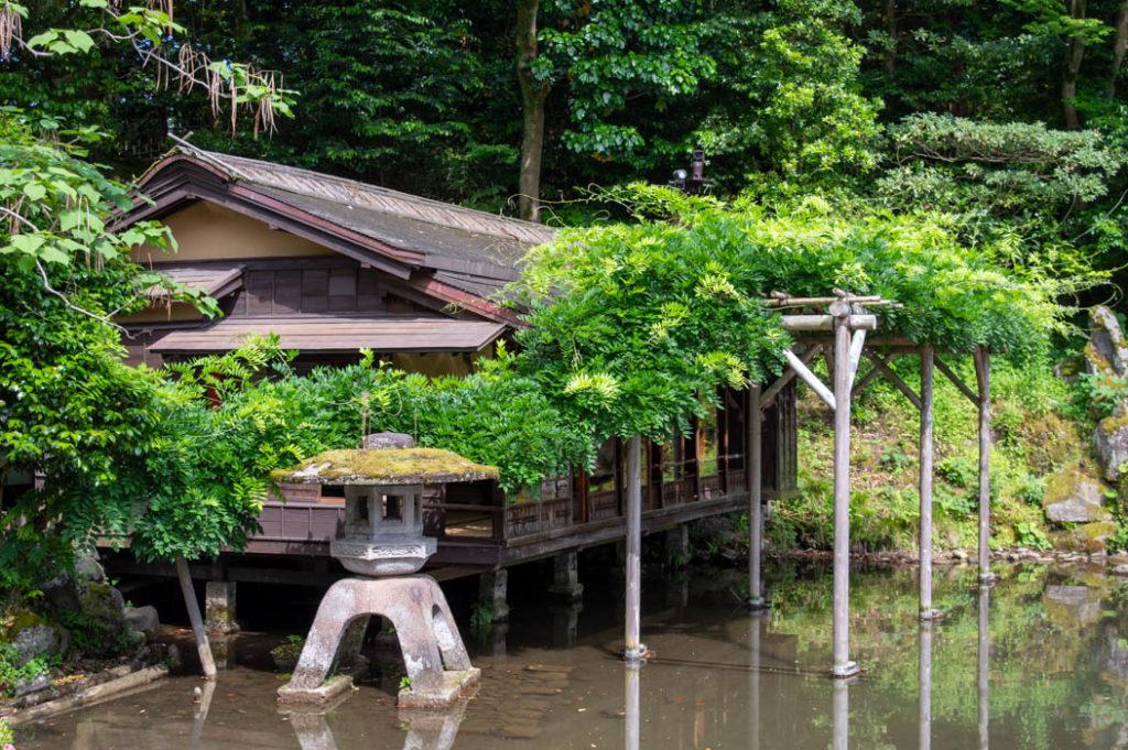 A teahouse in Kenrokuen Garden