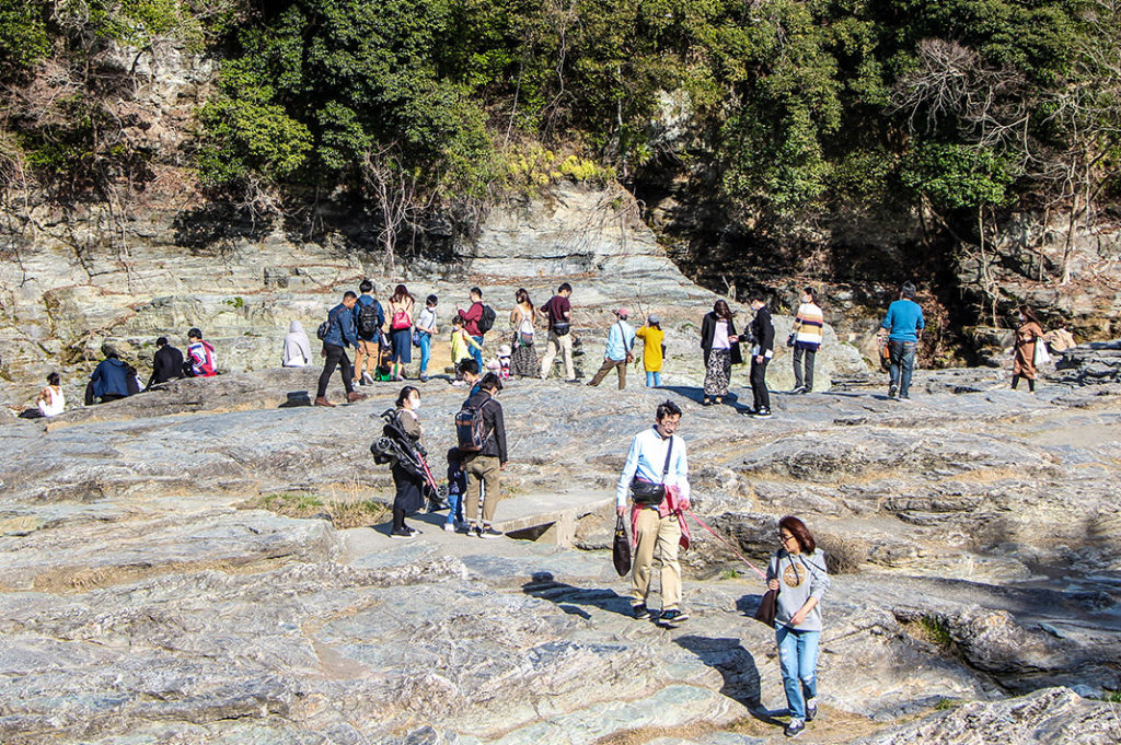 Explore the curious Iwadatami rock formation along the banks of the Arakawa