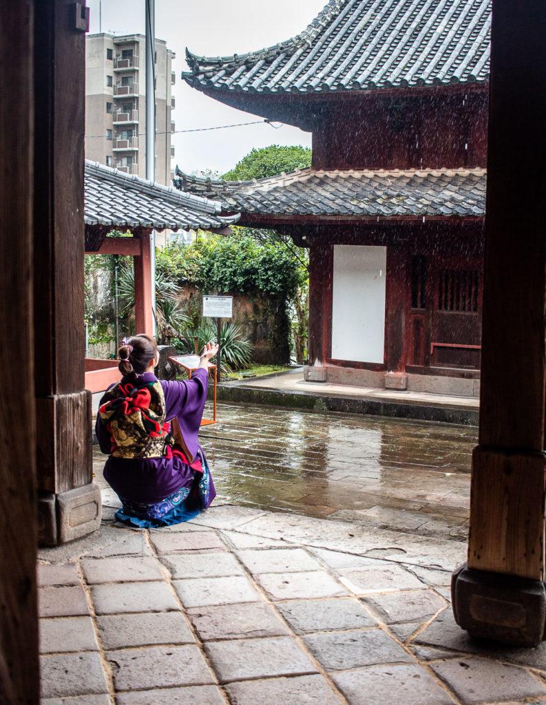 Photoshoot at Sofukuji Temple