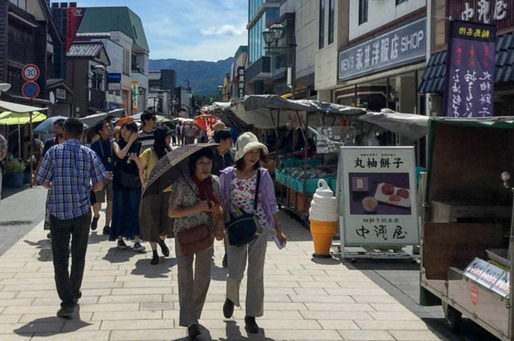 A day trip from Kanazawa: shopping at Wajima's morning market.